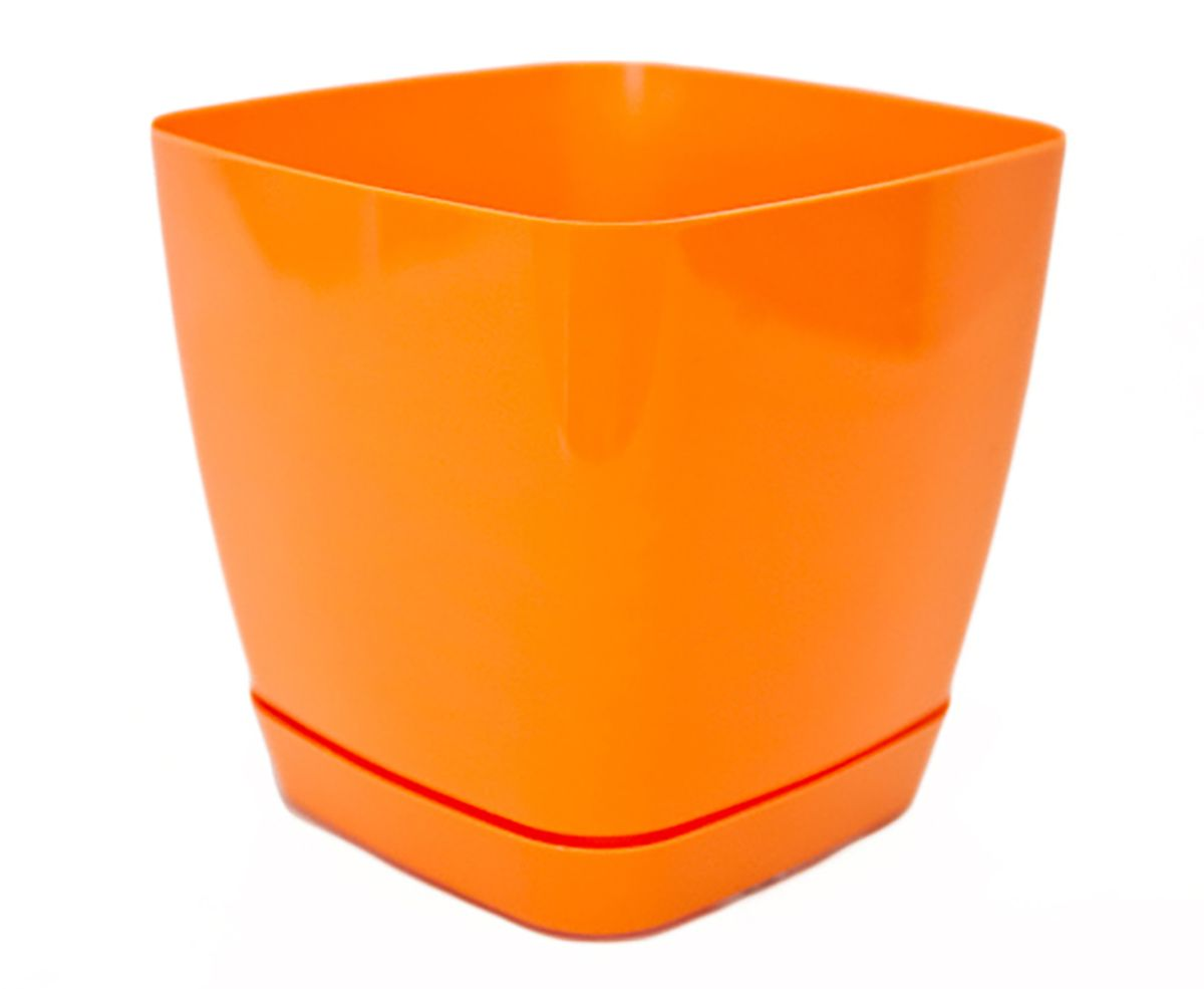 Горшок для цветов Form-Plastic Тоскана, с поддоном, цвет: оранжевый, 3,7 л531-124При производстве серии Тоскана поверхность горшков приобретает приятный глянцевый отлив. Особая форма поддона продолжает минималистичный дизайн горшка, а специальные крепежи обеспечивают его надежное крепление.Горшок предназначен для выращивания цветов, растений и трав. Он порадует вас функциональностью, а также украсит интерьер помещения.Объем: 3,7 л.