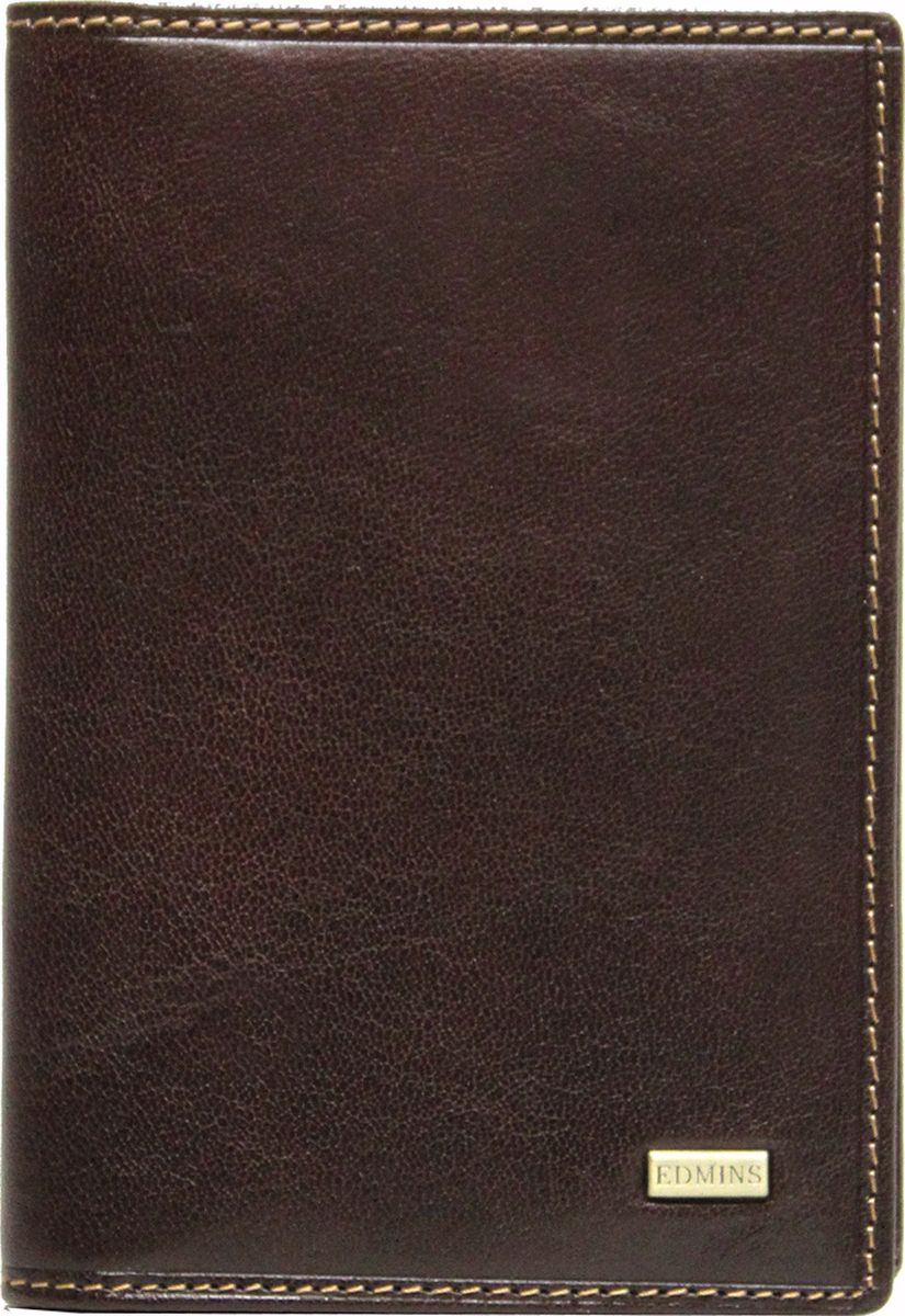 Обложка для документов Edmins, цвет: коричневый. 1896 ML EDW16-11135_914Обложка для документов Edmins выполнена из натуральной кожи с естественной фактурой и оформлена металлическим элементом с символикой бренда и контрастной отстрочкой. Подкладка изготовлена из полиэстера.Изделие раскладывается пополам. Внутри размещены несколько накладных кармашков из прозрачного ПВХ, накладной карман с окошком и угловой кармашек для карточек. В коллекциях кожгалантереи Edmins удачно сочетаются итальянская классика и шведский прагматизм, новаторство молодых дизайнеров и работы именитых мастеров, строгая цветовая гамма и смелые эксперименты с цветом. Изделия Edmins, разработанные в Италии, отличает высокое качество кожи, прекрасная износостойкость и актуальность коллекций.Изделие упаковано в фирменную коробку.