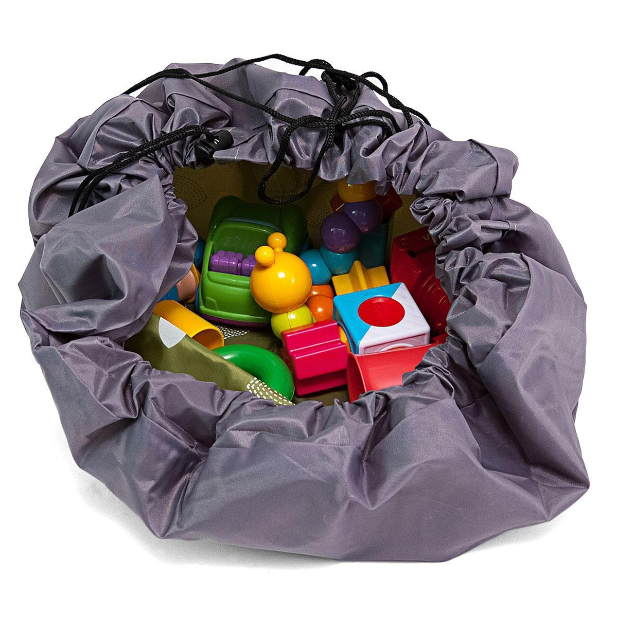 Сумка-коврик Homsu Лужайка, цвет: зеленый, 80х80 смTF-14AU-12Сумка-коврик это оригинальный способ хранения и транспортировки детских игрушек. В разложенном состоянии - это поле для игры, а когда нужно собрать игрушки, он затягивается на шнурок и превращается в удобную сумку. Выполнен из прочного, но мягкого канваса. Размер изделия: 80х80см