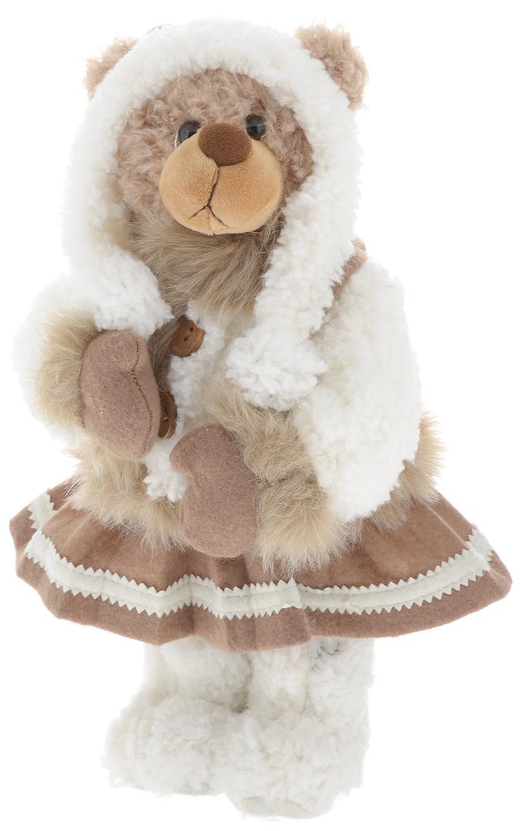 Фигурка новогодняя ESTRO Медведь, цвет: белый, коричневый, высота 35 смCD-22Декоративная фигурка Медведь изготовлена из высококачественных материалов в оригинальном стиле. Фигурка выполнена в виде медведя в зимнем наряде.Уютнаяи милая интерьерная игрушка предназначена для взрослых и детей, для игр и украшения новогодней елки, да и просто, для создания праздничной атмосферыв интерьере! Фигурка прекрасно украсит ваш дом к празднику, а в остальные дни с ней с удовольствием будут играть дети. Оригинальный дизайн и красочное исполнение создадут праздничное настроение. Фигурка создана вручную, неповторима и оригинальна. Порадуйте своих друзей и близких этим замечательным подарком!
