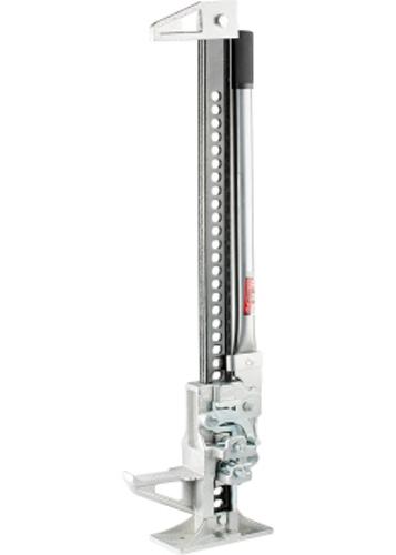 Домкрат реечный Matrix, 3 т, высота подъема 155–1350 мм, High Jack72/14/8Благодаря особой конструкции, домкраты осуществляют быстрый подъем автомобиля на довольно большую высоту (до 1350 мм, модель 50519). Пошаговый механизм домкратов обеспечивает возможность плавного подъема и опускания под нагрузкой. Наличие зацепной петли на конце несущей рейки позволяет использовать инструмент в качестве ручной лебедки.