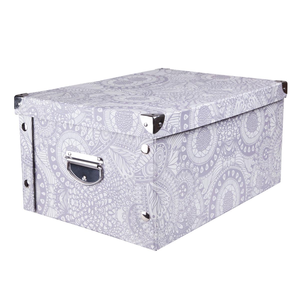 Коробка для хранения Miolla, 30 х 20 х 15 см. CFB-01370574Коробка для хранения Miolla прекрасно подойдет для хранения бытовых мелочей, документов, аксессуаров для рукоделия и других мелких предметов. Коробка поставляется в разобранном виде, легко и быстро складывается. Плотная крышка и удобные для переноски металлические ручки станут приятным дополнением к функциональным достоинствам коробки. Удобная крышка не даст ни одной вещи потеряться, а оптимальный размер подойдет для любого шкафа или полки.Компактная, но при этом вместительная коробка для хранения станет яркой нотой в вашем интерьере.