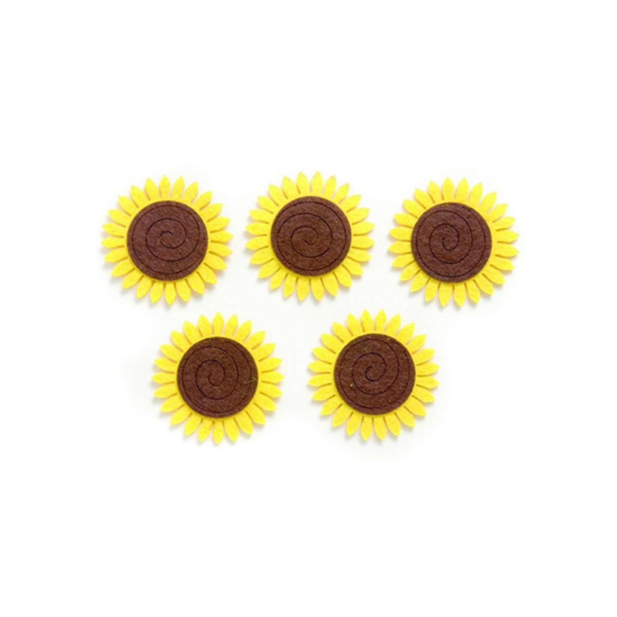 Фигурки из фетра Glorex Подсолнухи, цвет: желтый, коричневый, 5 см, 5 штK100Фетр пользуется большой популярностью среди рукодельниц. Его любят за эстетичный вид, практичность и отличную текстуру. Из данного материала вашему вниманию предлагаются заготовки Glorex. Широкое разнообразие цветов и форм поможет реализовать творческие задумки и гармоничным образом дополнить ваше творение. Из фетра можно создавать обложки для книг, ежедневников, игрушки, декоративные чехлы для подушек и многое, многое другое.