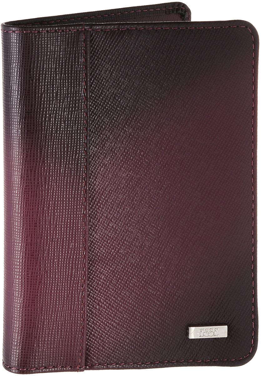Обложка для паспорта женская Esse Page, цвет: бордовый. GPGE00-000000-FG906O-K100OZAM394Женская обложка для паспорта Esse Page изготовлена из натуральной кожи с фактурной поверхностью и оформлена градиентным эффектом. Внутри расположены боковые карманы для фиксации паспорта и три прорезных кармана для пластиковых карт. Изделие упаковано в фирменную коробку.