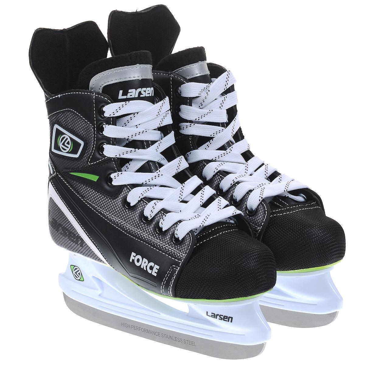 Коньки хоккейные Larsen Force, цвет: черный, серый. Размер 44ForceХоккейные коньки Force от Larsen прекрасно подойдут для начинающих игроков в хоккей. Ботинок выполнен из морозоустойчивого поливинилхлорида, мыс - из полипропилена, который защитит ноги от ударов, покрытого сетчатым нейлоном плотностью 800D. Внутренний слой изготовлен из мягкого материала Cambrelle, который обеспечит тепло и комфорт во время катания, язычок войлочный. Поролоновый утеплитель не позволит вашим ногам замерзнуть. Плотная шнуровка надежно фиксирует модель на ноге. Удобный суппорт голеностопа.Стелька из материала EVA обеспечит комфортное катание.Стойка выполнена из ударопрочного пластика. Лезвие из высокоуглеродистой стали жесткостью HRC 50-52 обеспечит превосходное скольжение.