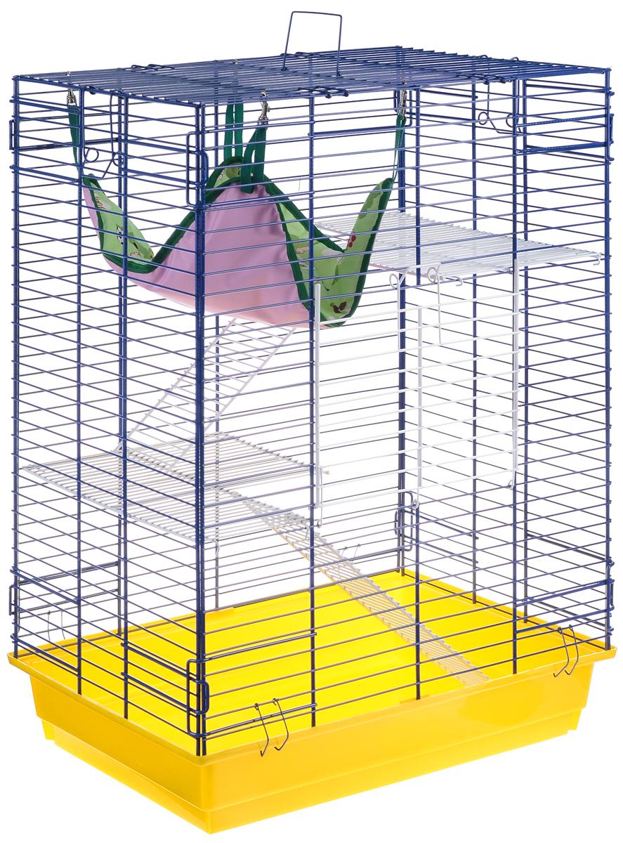 Клетка для шиншилл и хорьков ЗооМарк, цвет: желтый поддон, синяя решетка, 59 х 41 х 79 см. 725жк620СЗКлетка ЗооМарк, выполненная из полипропилена и металла, подходит для шиншилл и хорьков. Большая клетка оборудована длинными лестницами и гамаком. Изделие имеет яркий поддон, удобно в использовании и легко чистится. Сверху имеется ручка для переноски. Такая клетка станет уединенным личным пространством и уютным домиком для грызуна.