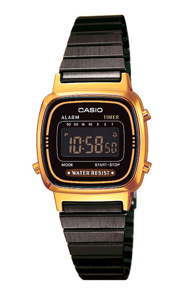 Часы наручные женские Casio Collection, цвет: золотой, черный. LA670WEGB-1BBM8434-58AEАвтоматический календарь. Секундомер с точностью показаний 1/10 сек и максимальным временем измерения - 1 час. Таймер обратного отсчета. Ежедневный будильник со звуковым сигналом. Автоматический календарь. Срок службы батареи 2 года. Браслет из нержавеющей стали. Размыкающийся замок с быстрой регулировкой длины браслета. Размеры корпуса 30,3 мм (по оси заводной головки) х 24,6 мм (по вертикали) х 7,3 мм (толщина) / 27,8 грамм.