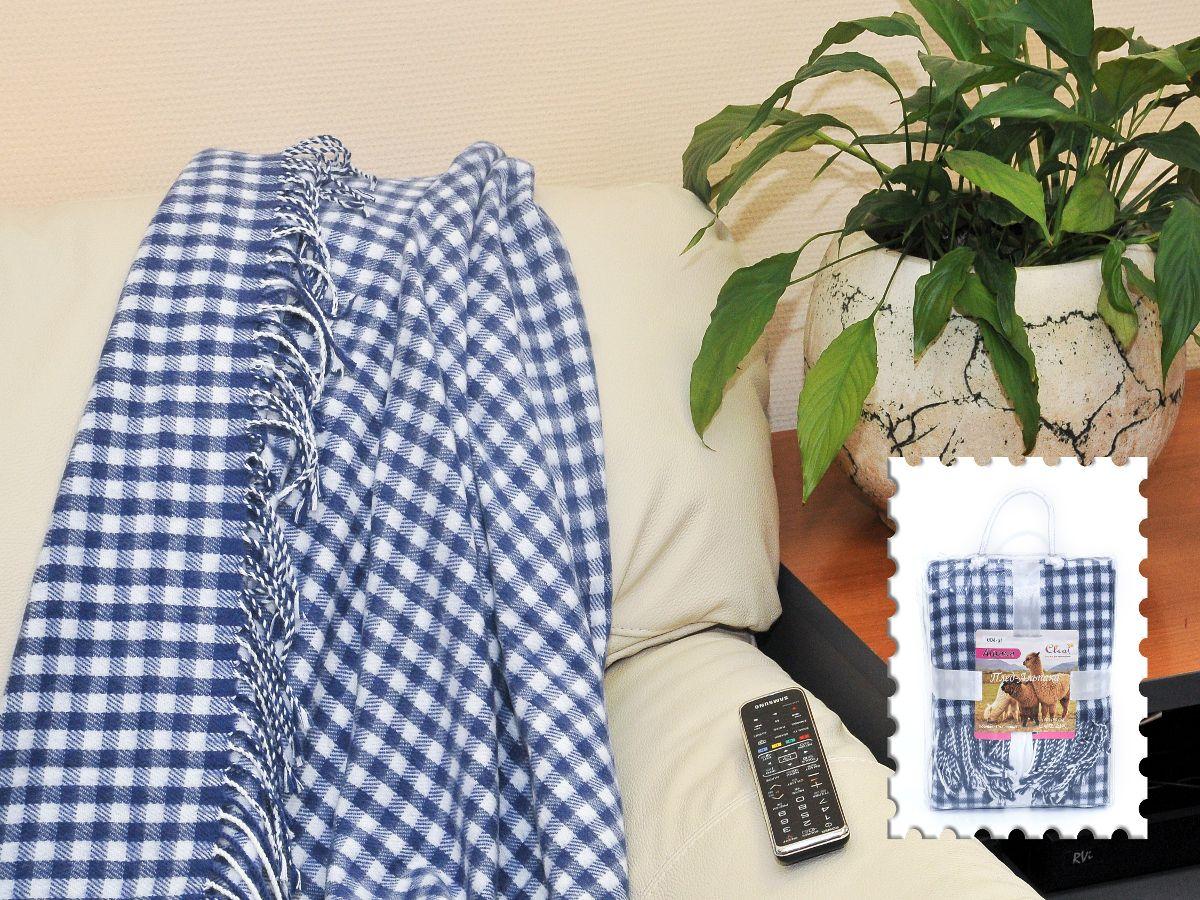 Плед Cleo Каминный, цвет: синий, 140 х 180 см71886Коллекция пледов Cleo - стильный дизайн и согревающая нега прикосновения! Плед Cleo Каминный сделан из инновационного материала - полиакрила. Это уникальный инновационный материал, мягкий и легкий, по внешнему виду и на ощупь напоминает шерсть.Невероятно теплый, компактные пледCleo Каминный составит вам компанию в путешествии, дома и на даче в холодные вечера. Вам захочется достать его и укутаться, чтобы ощутить нежность его прикосновения. Плед Cleo Каминный станет вашим лучшими спутником, и именно он будет хранить тепло и самые положительные эмоции.
