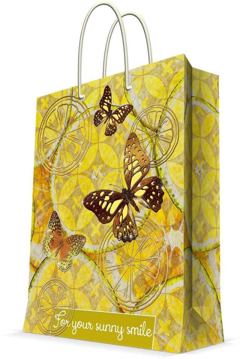 Пакет подарочный Magic Home Лимонные бабочки, 26 х 32,4 х 12,7 см44229Подарочный пакет Magic Home, изготовленный из плотной бумаги, станет незаменимым дополнением к выбранному подарку. Дно изделия укреплено картоном, который позволяет сохранить форму пакета и исключает возможность деформации дна под тяжестью подарка. Пакет выполнен с глянцевой ламинацией, что придает ему прочность, а изображению - яркость и насыщенность цветов. Для удобной переноски имеются две ручки в виде шнурков.Подарок, преподнесенный в оригинальной упаковке, всегда будет самым эффектным и запоминающимся. Окружите близких людей вниманием и заботой, вручив презент в нарядном, праздничном оформлении.Плотность бумаги: 140 г/м2.