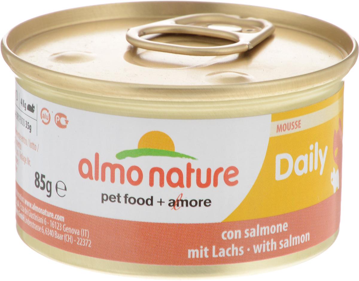 Консервы для кошек Almo Nature Daily Menu, мусс с лососем, 85 г20349Приятный сюрприз для вашей кошки - нежное мясо, превращенное в деликатный мусс с использованием ингредиентов высочайшего качества. Любая привереда замурлыкает от удовольствия, если у нее в миске окажется такой деликатес как консервы Almo Nature Daily Menu. Особый метод приготовления консервированного корма Almo Nature сохраняет привлекательный аромат и свежесть продукта, ведь мясо приготавливается в собственном бульоне и только затем превращается в мусс. Минералы, также присутствующие в составе, особенно медь, участвуют в формировании костной и тканевой системе, выполняют функции антиоксиданта.Состав: мясо и его производные, рыба и ее производные (лосось 4%), минералы, экстракт растительных волокон.Добавки: витамин A 1110 IU/кг, витамин D3 140 IU/кг, витамин E 10 мг/кг, таурин 490 мг/кг, сульфат меди пентагидрат 4,4 мг/кг (Cu 1.1 мг/кг).Технологические добавки: камедь кассии 3000 мг/кг.Пищевая ценность: белки 9,5%, клетчатка 0,4%, масла и жиры 6%, зола 2%, влажность 81%.Калорийность: 881 ккал/кг.Товар сертифицирован.
