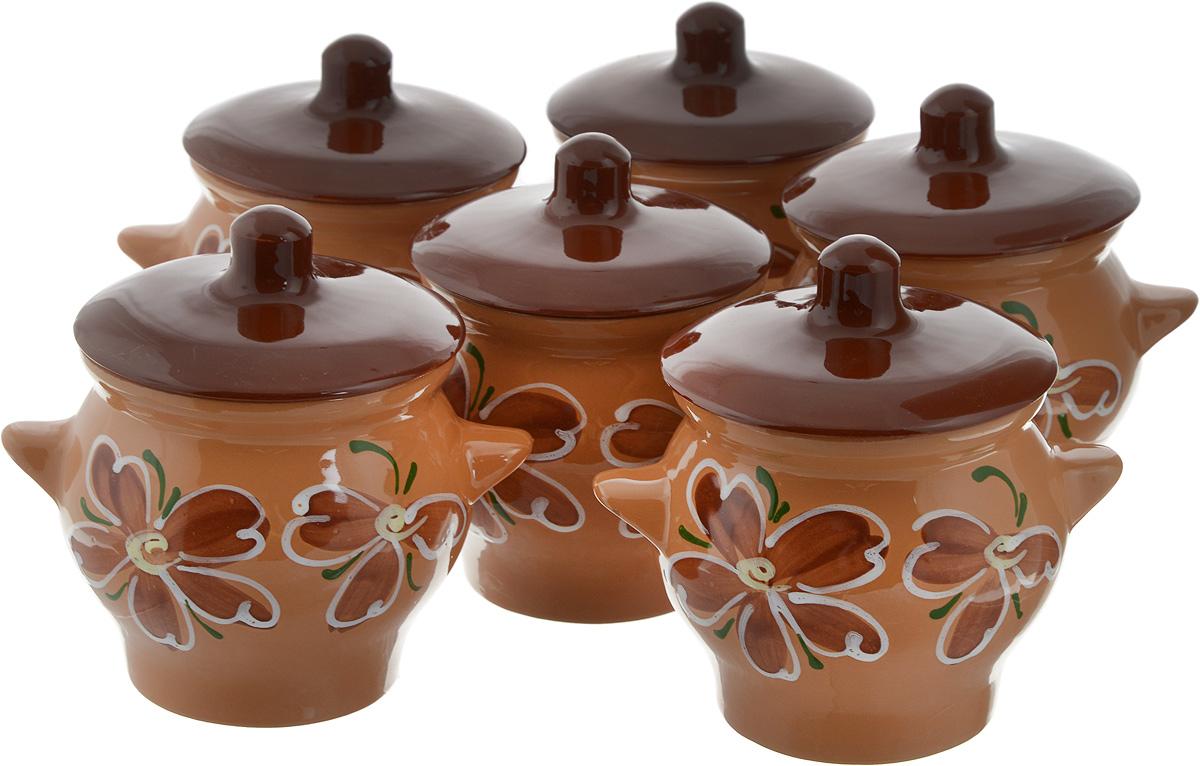 Набор горшочков для запекания Борисовская керамика Стандарт, с крышками, цвет: коричневый, темно-коричневый, 600 мл, 6 шт391602Набор Борисовская керамика Стандарт состоит из 6 горшочков для запекания, оснащенных крышками. Изделия выполнены из высококачественной керамики с глазурованным покрытием. Форма горшочка разработана с учетом тысячелетних традиций наших предков. Пористая структура стенки гарантирует эффект запекания. Форма крышки сохраняет тепловой баланс и полезные свойства продуктов. Внутреннее и внешнее покрытие горшка изготовлено из экологически чистых природных материалов. Горшки снабжены небольшими ручками. Такой набор горшочков станет отличным подарком и обязательно пригодится в любом хозяйстве. Посуда жаропрочная. Можно использовать в духовке и микроволновой печи.Диаметр горшочка (по верхнему краю): 11 см. Высота (без учета крышки): 11,5 см.