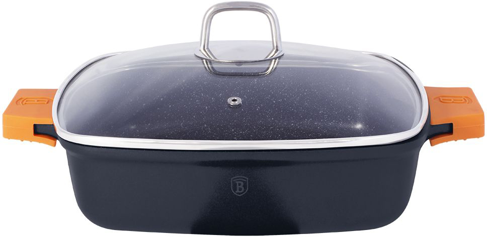 Сотейник Berlinger Haus Granit Diamond Line с крышкой, с антипригарным покрытием, 3,8 лWR-6110_фиолетовыйСотейник квадратной формы Berlinger Haus Granit Diamond Line изготовлен из литого алюминия с высококачественным мраморным антипригарным покрытием в 3 слоя. Такое покрытие предотвращает пригорание пищи и ее прилипание к стенкам. Оно абсолютно безопасно для здоровья и не выделяет вредных веществ во время готовки. Специальное индукционное дно TURBO INDUCTION экономит 35% энергии. Тепло распределяется равномерно по всей поверхности посуды, что позволяет пище готовиться быстрее. Изделие снабжено удобными эргономичными ручками со съемными силиконовыми накладками, которые не нагреваются в процессе приготовления пищи и не дают вашим рукам обжечься. Крышка выполнена из жаростойкого стекла и снабжена ручкой из нержавеющей стали (безопасна для использования в духовке). Посуда подходит для газовых, электрических, стеклокерамических, галогенных, индукционных плит. Можно мыть в посудомоечной машине. Можно ставить в духовку вместе с крышкой, выдерживает температуру до +220°С. Размер (по верхнему краю): 28 х 28 см. Высота стенки: 7,4 см.