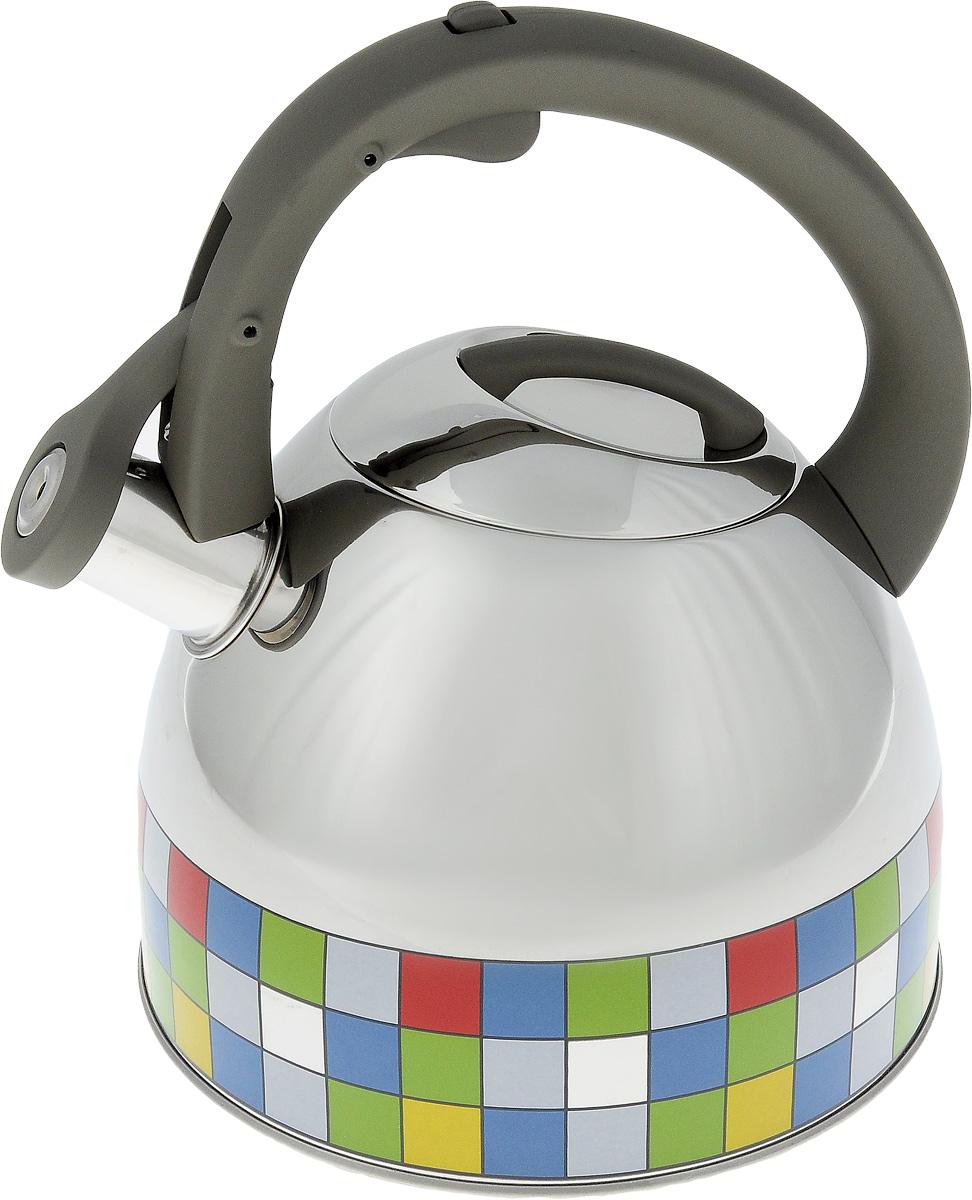 Чайник Polaris Mosaic со свистком, 3 лVT-1520(SR)Чайник Polaris Mosaic изготовлен из высококачественной нержавеющей стали 18/10. Эргономичная ручка с покрытием Soft touch делает использование чайника очень удобным и безопасным. Зеркальная полировка с яркой цветной окантовкой придает изделию оригинальный дизайн. Чайник оповещает о вскипании мелодичным свистком. Кнопка открывания свистка на ручке чайника позволяет наливать воду одной рукой и исключает возможность облиться кипятком. Чайник можно использовать на газовых, электрических, стеклокерамических и индукционных плитах. Нельзя мыть в посудомоечной машине.Объем: 3 л.Высота чайника (с учетом ручки): 23,5 см.Высота стенки чайника: 14,5 см. Диаметр чайника (по верхнему краю): 10 см. Толщина стенок: 0,6 мм. Толщина дна: 0,6 мм.