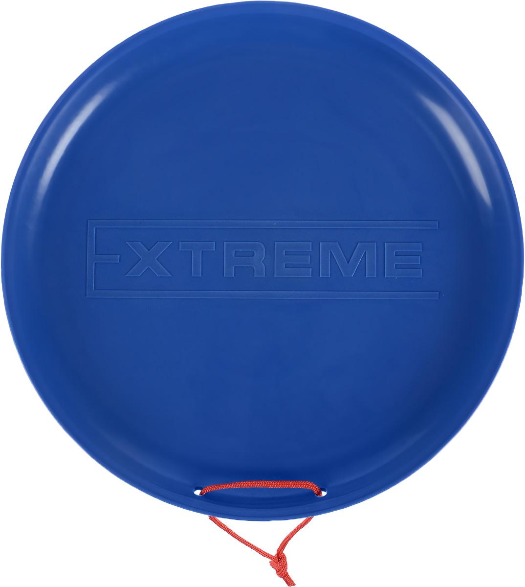 Санки-ледянки Престиж Экстрим, цвет: синий, диаметр 40 смХот ШейперсЛюбимая детская зимняя забава - это катание с горки. Яркие санки-ледянки Престиж Экстрим станут незаменимым атрибутом этой веселой детской игры. Санки-ледянки - это специальная пластиковая тарелка, облегчающая скольжение и увеличивающая скорость движения по горке. Ледянка выполнена из прочного гибкого пластика и снабжена текстильной ручкой для транспортировки. Конфигурация санок позволяет удобно сидеть и развивать лучшую скорость. Благодаря малому весу ледянку, в отличие от обычных санок, легко нести с собой даже ребенку.