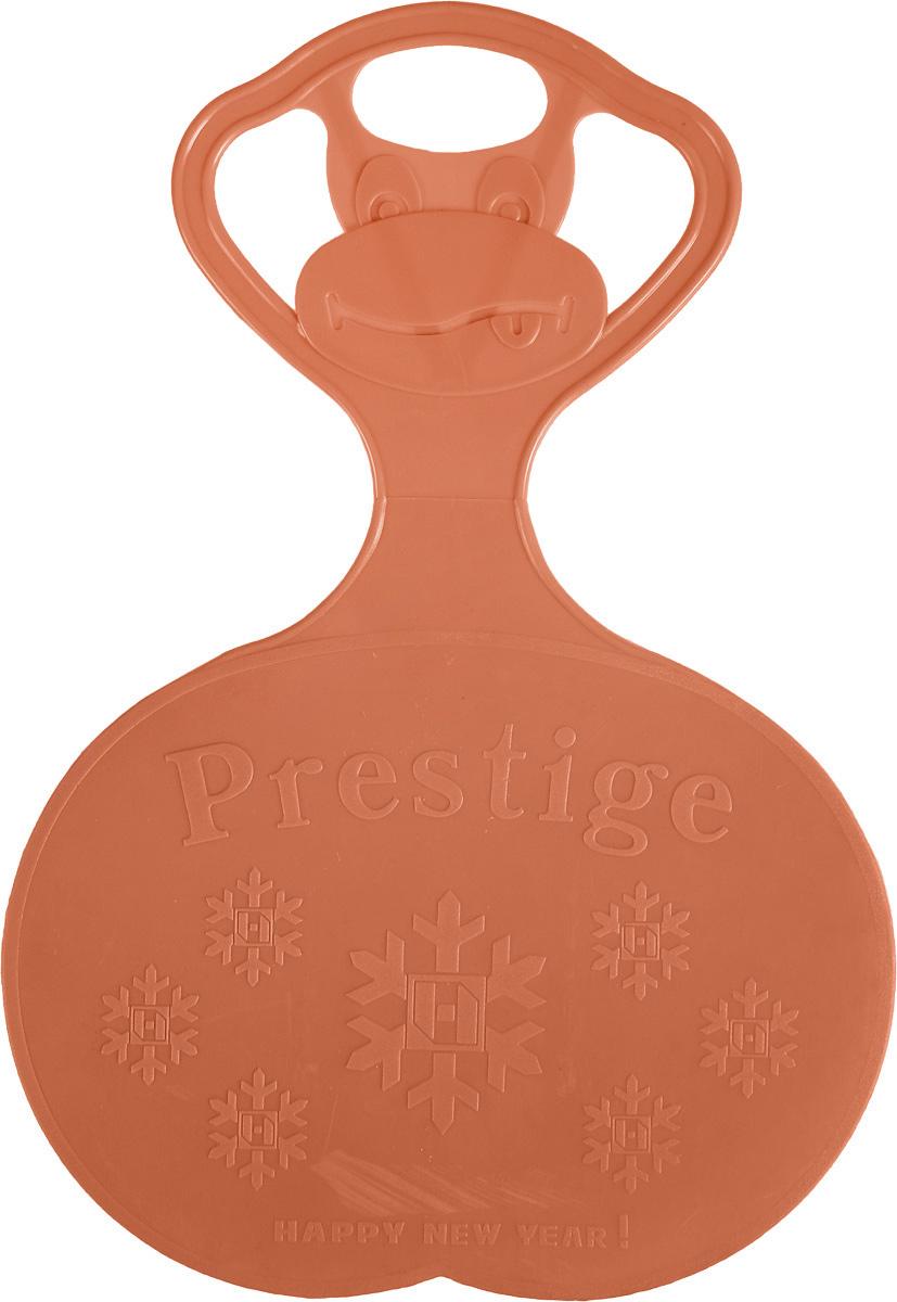 Санки-ледянки Престиж, с символикой, цвет: оранжевый, 47 х 32 см336898Любимая детская зимняя забава - это катание с горки. Яркие санки-ледянки Престиж станут незаменимым атрибутом этой веселой детской игры. Изделие украшено рельефной символикой.Санки-ледянки - это специальная пластиковая тарелка, облегчающая скольжение и увеличивающая скорость движения по горке. Ледянка выполнена из прочного гибкого пластика и снабжена ручкой для переноски. Конфигурация санок позволяет удобно сидеть и развивать лучшую скорость. Благодаря малому весу ледянку, в отличие от обычных санок, легко нести с собой даже ребенку.