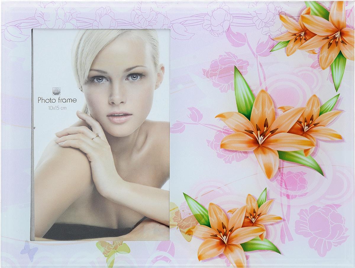 Фоторамка Pioneer Spring flowers, 10 х 15 смБрелок для ключейФоторамка Spring flowers выполнена из высококачественного стекла, защищающего фотографию. Изделие оформлено изысканным рисунком. Оборотная сторона рамки оснащена специальной ножкой, благодаря которой ее можно поставить на стол или любое другое место в доме или офисе. Такая фоторамка поможет вам оригинально и стильно дополнить интерьер помещения, а также позволит сохранить память о дорогих вам людях и интересных событиях вашей жизни.Размер изделия: 10 х 15 см.