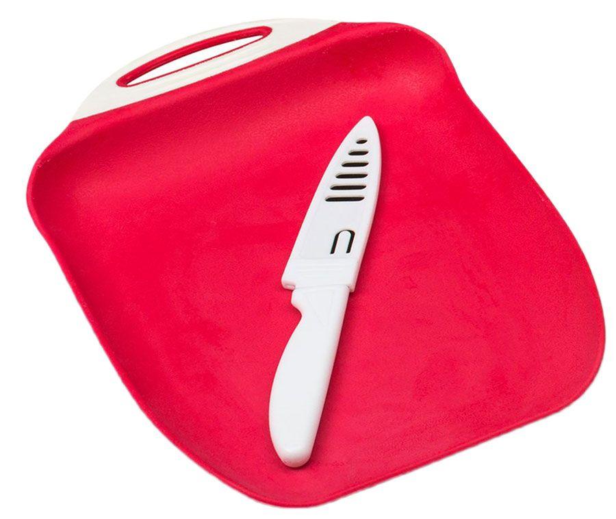 Набор Menu Ланч: доска разделочная, нож в чехле54 009305Набор Menu Ланч: доска разделочная с ножом в чехле. Доска выполнена из высококачественного пищевого пластика, поверхность которой не тупит лезвия ножей и не впитывает запахи продуктов. Нож выполнен из нержавеющей стали и пищевого пластика. Размер доски: 27х18 см.