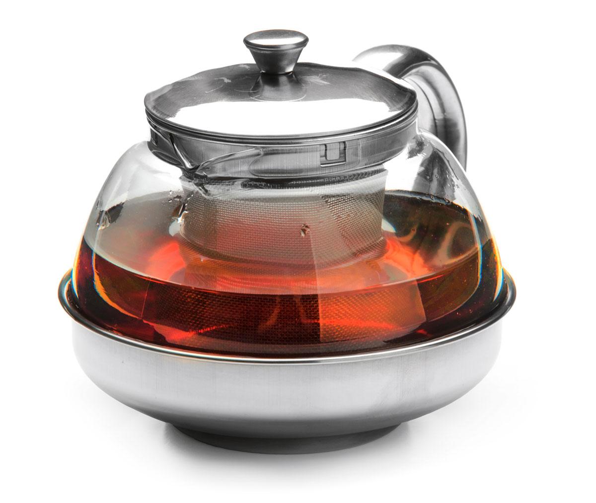 Чайник заварочный Mayer & Boch, с ситом, 600 мл. 26203391602Заварочный чайник Mayer & Boch изготовлен из термостойкого боросиликатного стекла, крышка, ручка, часть корпуса и фильтр выполнены из нержавеющей стали. Изделия из стекла не впитывают запахи, благодаря чему вы всегда получите натуральный, насыщенный вкус и аромат напитков.Заварочный чайник из стекла удобно использовать для повседневного заваривания чая практически любого сорта. Но цветочные, фруктовые, красные и желтые сорта чая лучше других раскрывают свой вкус и аромат при заваривании именно в стеклянных чайниках, а также сохраняют все полезные ферменты и витамины, содержащиеся в чайных листах. Стальной фильтр гарантирует прозрачность и чистоту напитка от чайных листьев, при этом сохранив букет и насыщенность чая. Прозрачные стенки чайника дают возможность насладиться насыщенным цветом заваренного чая. Изящный заварочный чайник Mayer & Boch будет прекрасно смотреться в любом интерьере. Подходит для мытья в посудомоечной машине.