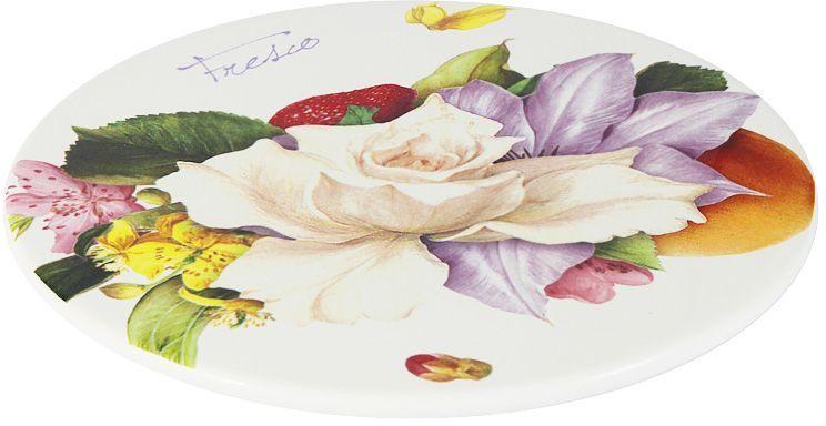 Блюдо Ceramiche Viva Фреско, диаметр 21 см115510Блюдо Ceramiche Viva Фреско изготовлено из высококачественной керамики. Нанесение сверкающей глазури, не содержащей свинца, придает посуде превосходный блеск и особую прочность. Изделие украшено ярким цветочным рисунком. Такое блюдо отлично подойдет для сервировки разнообразных закусок, нарезок, канапе. Оно изысканно украсит стол и подчеркнет ваш прекрасный вкус. Изделие можно мыть в посудомоечной машине и использовать в микроволновой печи. Не разрешается применять при мытье посуды абразивные порошки.