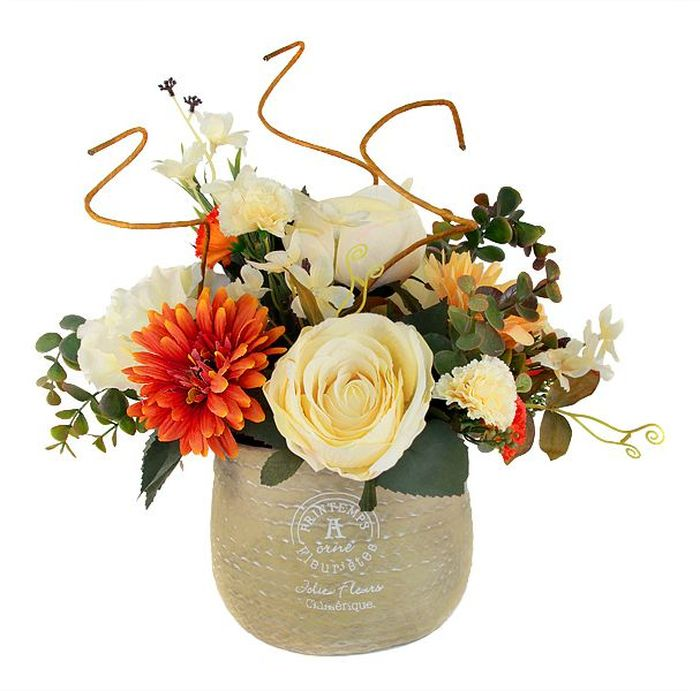 Цветы декоративные Dream Garden Букет, в вазе, 38 х 30 х 33 смМ 3082Композиции из искусственных цветов Dream Garden, выполненные из высококачественных материалов, долговечны и не требуют ежедневного ухода. Искусственные цветы максимально приближены к натуральным, не пахнут, что исключает все аллергические реакции.