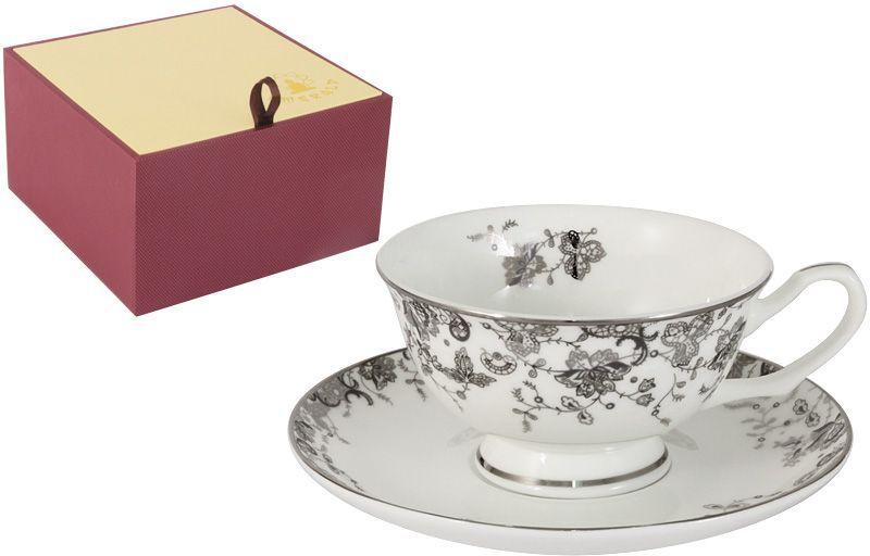 Чайная пара Emerald Эстель, 2 предметаFS-91909Чайная пара Emerald Эстель состоит из чашки и блюдца, изготовленных из высококачественного костяного фарфора. Яркий дизайн изделий, несомненно, придется вам по вкусу.Чайная пара Emerald Эстель украсит ваш кухонный стол, а также станет замечательным подарком к любому празднику.Объем чашки: 200 мл.