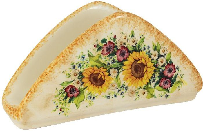 Салфетница LCS Подсолнухи Италии115510Салфетница LCS Подсолнухи Италии треугольной формы выполнена из экологически чистой керамики, отличительной особенностью которой является прочность. Нанесение глазури, не содержащей свинца, придает поверхности превосходный блеск. Изделие украшено изображением подсолнухов. Такая салфетница отлично дополнит сервировку стола.