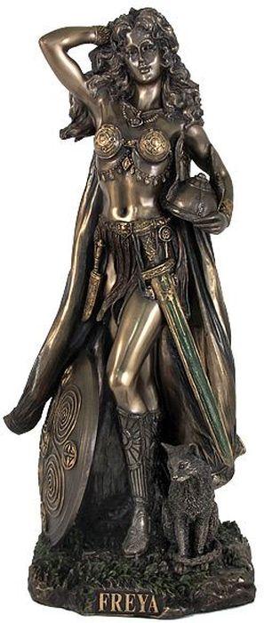 Статуэтка Veronese Фрея, высота 26 смRG-D31SДекоративная статуэтка Veronese Фрея изготовлена из полирезина бронзового цвета. Изделие выполнено в виде скандинавской богини любви - Фреи.Вы можете поставить статуэтку в любом месте, где она будет удачно смотреться и радовать глаз. Такая фигурка прекрасно дополнит интерьер офиса или дома. Veronese - это торговая марка, представляющая широкий ассортимент художественных изделий, выполненных по эскизам итальянских дизайнеров и художников.Имя Veronese является синонимом высокого качества, художественного вкуса и эксклюзивного дизайна. Искусные мастера создают уникальные статуэтки и фигурки, которые призваны украсить вашу жизнь.