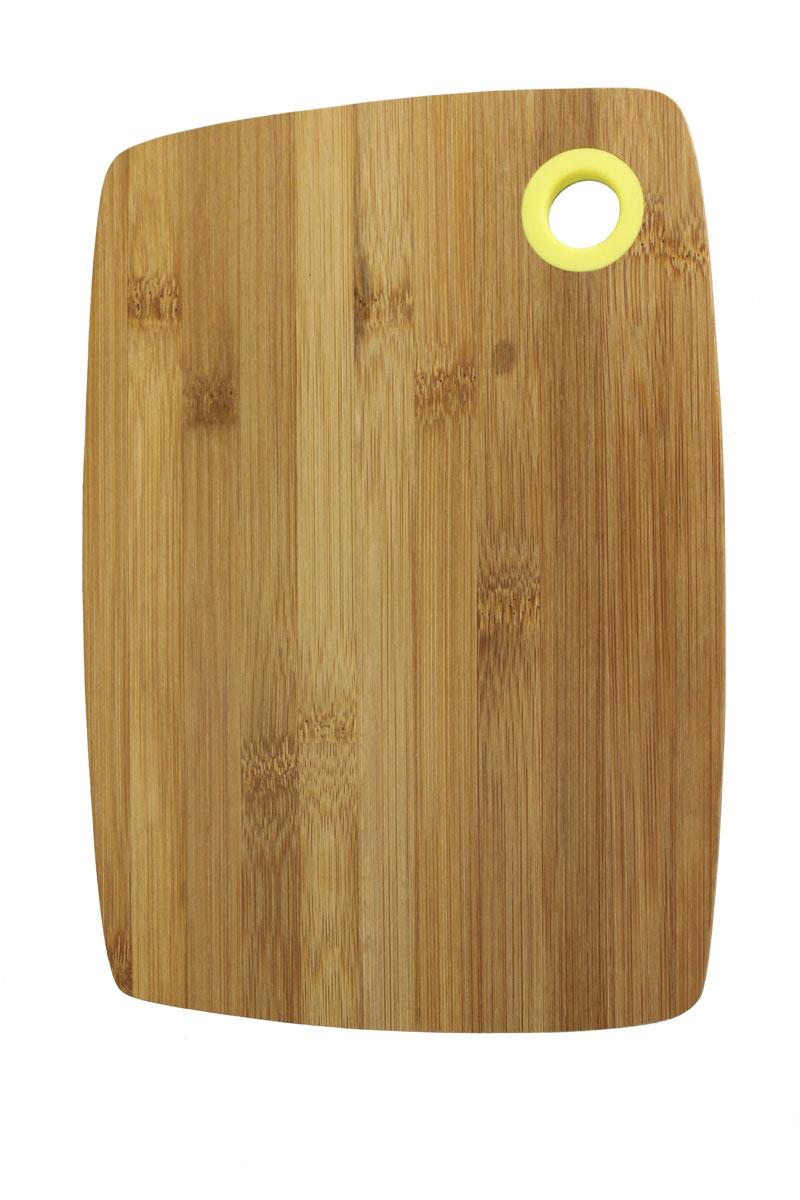 Доска разделочная Vetta, 20 х 28 см54 009312Разделочная доска Vetta, изготовленная из бамбука, прекрасно подходит для разделки и измельчения всех видов продуктов. Доска имеет отверстие для подвешивания на крючок.