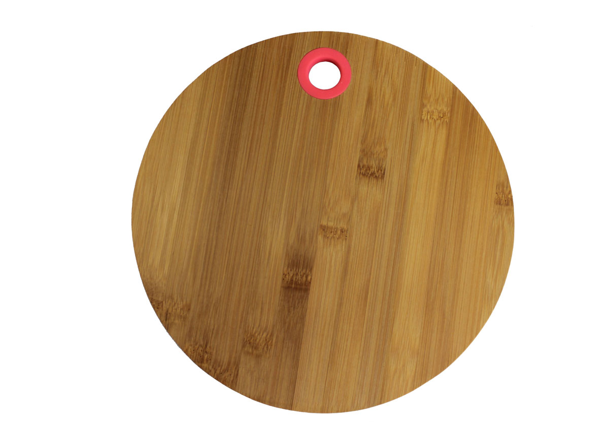 Доска разделочная Vetta, диаметр 30 см. 85114454 009312Разделочная доска Vetta, изготовленная из бамбука, прекрасно подходит для разделки и измельчения всех видов продуктов.