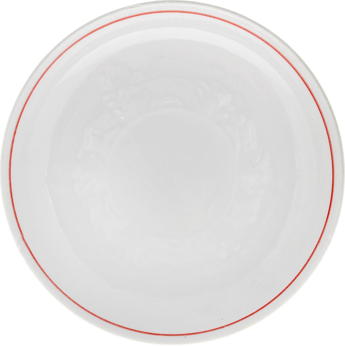 Блюдце Фарфор Вербилок, цвет: белый, красный, диаметр 14 см115510Блюдце Фарфор Вербилок выполнено из высококачественного фарфора. Изделие идеально подойдет для сервировки стола и станет отличным подарком к любому празднику.Диаметр блюдца (по верхнему краю): 14 см.Высота блюдца: 2,5 см.