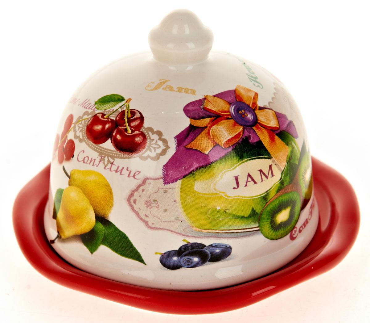 Лимонница ENS Group Джем. L2430705115510Лимонница Джем выполнена из высококачественной керамики и состоит из блюдца и крышки. Изделие украшено оригинальным узором. Лимонница Джем доставит истинное удовольствие ценителям прекрасного и поможет сохранить свежесть лимона на длительный срок. Яркий дизайн, несомненно, придется вам по вкусу. Не рекомендуется мыть в посудомоечной машине.