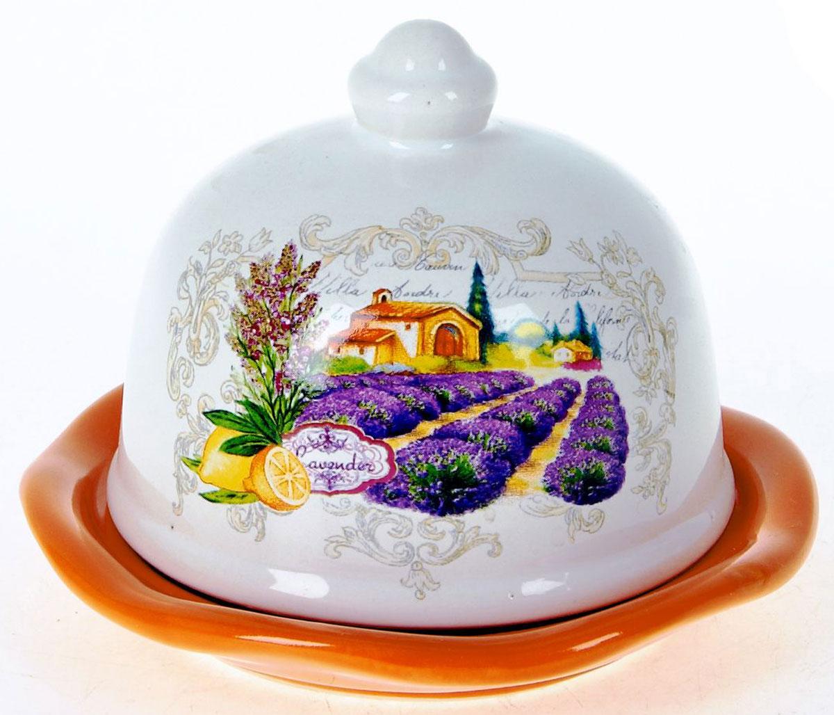 Лимонница ENS Group Прованс. L2430738525Лимонница Прованс выполнена из высококачественной керамики и состоит из блюдца и крышки. Изделие украшено оригинальным узором. Лимонница Прованс доставит истинное удовольствие ценителям прекрасного и поможет сохранить свежесть лимона на длительный срок. Яркий дизайн, несомненно, придется вам по вкусу. Не рекомендуется мыть в посудомоечной машине.