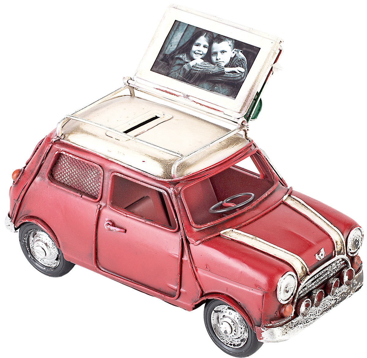 Модель Platinum Автомобиль, с фоторамкой и копилкой. 1404E-4344700091Модель Platinum Автомобиль, выполненная из металла, станет оригинальным украшением интерьера. Вы можете поставить модель ретро-автомобиля в любом месте, где она будет удачно смотреться.Изделие дополнено копилкой и фоторамкой, куда вы можете вставить вашу любимую фотографию.Качество исполнения, точные детали и оригинальный дизайн выделяют эту модель среди ряда подобных. Модель займет достойное место в вашей коллекции, а также приятно удивит получателя в качестве стильного сувенира.