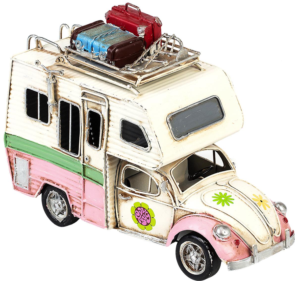 Модель Platinum Автомобиль, с фоторамкой. 1404E-4346JP-29/63Модель Platinum Автомобиль, выполненная из металла, станет оригинальным украшением интерьера. Вы можете поставить модель ретро-автомобиля в любом месте, где она будет удачно смотреться.Изделие дополнено фоторамкой, куда вы можете вставить вашу любимую фотографию.Качество исполнения, точные детали и оригинальный дизайн выделяют эту модель среди ряда подобных. Модель займет достойное место в вашей коллекции, а также приятно удивит получателя в качестве стильного сувенира.
