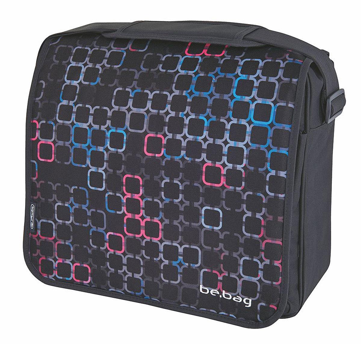 Herlitz Сумка школьная Be Bag Squares11005/A/2GШкольная сумка Herlitz Be Bag. Squares выполнена из прочного полиэстера черного цвета. Практичная наплечная сумка содержит одно основное отделение, которое закрывается на молнию и клапан с липучкой. Вместительное отделение содержит мягкий накладной карман с хлястиком на липучке и два открытых накладных кармана-сетки. Под клапаном расположился большой карман на застежке-молнии. Внутри ремешок с пластиковым карабином для ключей и дополнительные кармашки: врезной на молнии, открытый карман, карман-сетка, 2 кармана для письменных принадлежностей.Задняя сторона сумки дополнена врезным карманом на молнии. Сумка имеет одну широкую лямку с мягким передвижным элементом для комфортной переноски на плече. Плечевой ремень легко регулируется по длине. Прочную и вместительную сумку Be Bag. Squares можно использовать для повседневных прогулок, учебы, отдыха или спорта.