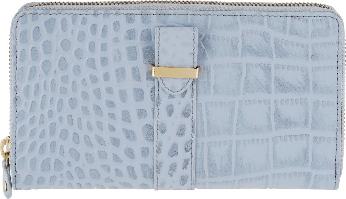 Портмоне женское Bodenschatz, цвет: серо-голубой. 4-297BM8434-58AEПортмоне женское Bodenschatz выполнен из натуральной кожи. Модель закрывается на молнию, внутри четыре отдела для купюр, карман для мелочи на молнии, два кармана для документов, двенадцать кармашков для пластиковых карт, сетчатый карман для пропуска, на задней стенке - карман на молнии.