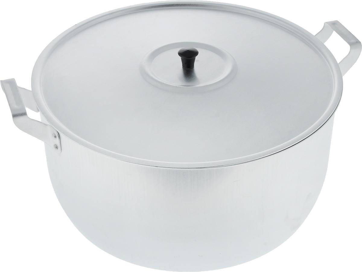 Кастрюля Scovo с крышкой, 15 л40970Кастрюля Scovo с крышкой изготовлена из алюминия с полированной поверхностью. Посуда с полированной поверхностью медленно остывает, долго сохраняя тепло, поэтому идеально подходит для кипячения молока, воды, приготовления супов, каш.Кастрюля подходит для использования на всех типах плит, кроме индукционных. Можно мыть в посудомоечной машине. Алюминиевая посуда - это давно проверенная классика. Долговечная и недорогая, алюминиевая посуда не обладает привлекательным внешним видом, но может пережить многие испытания и не понести потерь. Даже деформация корпуса, в принципе, не влияет на дальнейший процесс приготовления пищи. Полированную алюминиевую посуду не рекомендуется мыть абразивными моющими средствами с использованием жестких щеток и других твердых материалов.Такая посуда пригодится не только дома, но и станет незаменимой в походах или поездках за город.Диаметр кастрюли (по верхнему краю): 34 см.Высота стенки: 17 см.Объем кастрюли: 15 л.