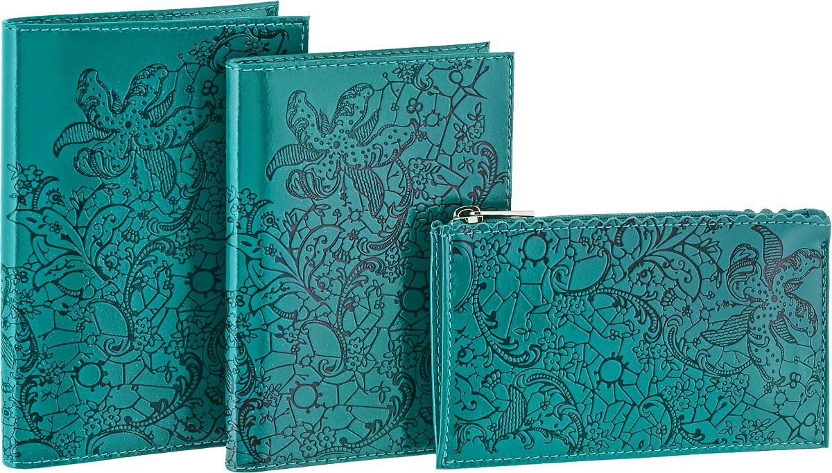 Подарочный набор Befler Гипюр: бумажник водителя, ключница, обложка для паспорта, цвет: бирюзовый. BV.38.la/KL.25.la/O.32BM8434-58AEПодарочный набор Гипюр включает в себя бумажник водителя, обложка для паспорта и ключница. Обложка для паспорта Befler, выполнена из натуральной кожи, оформлена декоративным тиснением Гипюр. Внутри два вертикальных кармана из прозрачного пластика.Бумажник водителя Befler, выполнен из натуральной кожи, оформлен декоративным тиснением Гипюр. На внутреннем развороте 2 кармана из прозрачного пластика. Внутренний блок из прозрачного пластика для документов водителя (6 карманов). Ключница Befler, выполнена из натуральной кожи, оформлена декоративным тиснением Гипюр. Закрывается на молнию. Имеет внутри кольцо для ключей диаметром 22 мм на кожаной петле.Такой набор станет отличным подарком для человека, ценящего качественные и красивые вещи. Характеристики: Цвет: бирюзовый. Материал: натуральная кожа, текстиль, металл. Размер бумажника: 9 см х 12,5 см. Размер ключницы: 12,5 см х 7,5 см. Размер обложки: 9,5 см х 13,5 см. Размер упаковки: 12 см x 22 см x 6 см. Артикул: BV.38.la/KL.25.la/O.32.la.