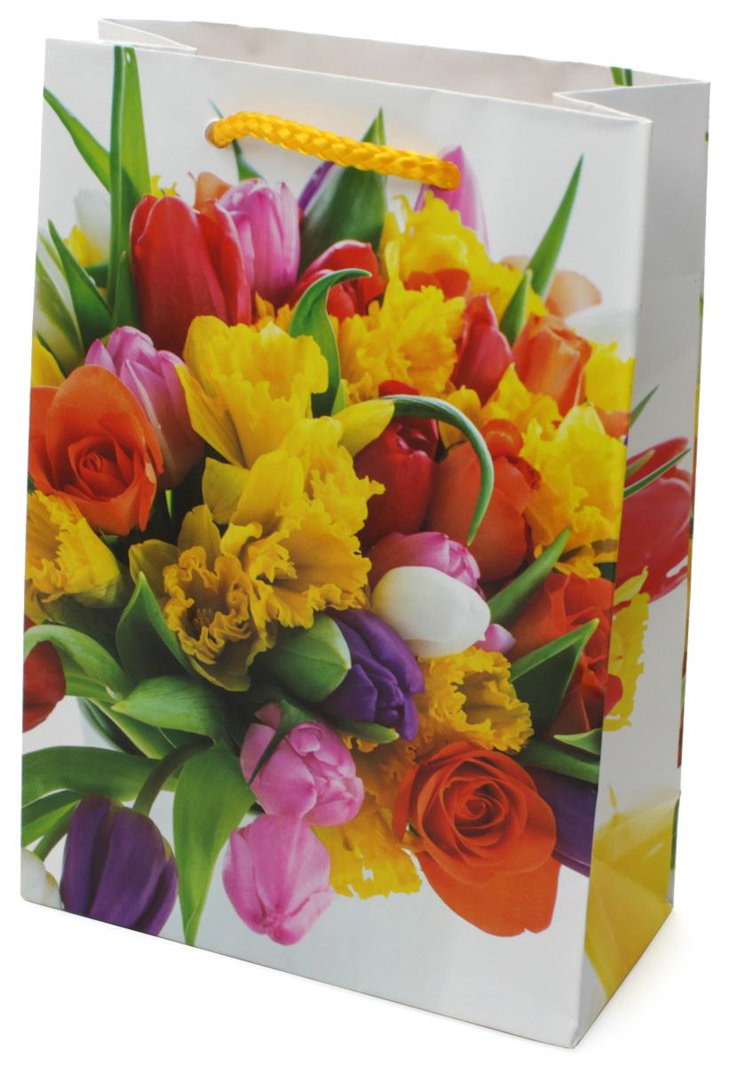 Пакет подарочный МегаМАГ Цветы, 14 х 20 х 6,5 см. 6021 MSC0038550Подарочный пакет МегаМАГ, изготовленный из плотной ламинированной бумаги, станет незаменимым дополнением к выбранному подарку. Для удобной переноски на пакете имеются ручки-шнурки.Подарок, преподнесенный в оригинальной упаковке, всегда будет самым эффектным и запоминающимся. Окружите близких людей вниманием и заботой, вручив презент в нарядном, праздничном оформлении.