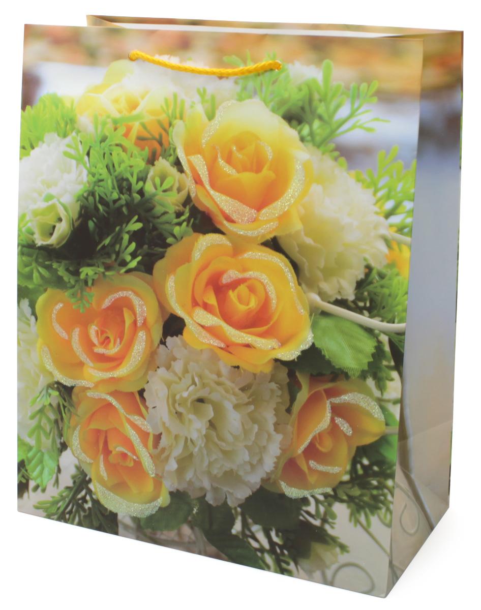 Пакет подарочный МегаМАГ Premium, 26,4 х 32,7 х 13,6 см. 3054 LP09840-20.000.00Подарочный пакет МегаМАГ, изготовленный из плотной ламинированной бумаги, станет незаменимым дополнением к выбранному подарку. Для удобной переноски на пакете имеются ручки-шнурки.Подарок, преподнесенный в оригинальной упаковке, всегда будет самым эффектным и запоминающимся. Окружите близких людей вниманием и заботой, вручив презент в нарядном, праздничном оформлении.