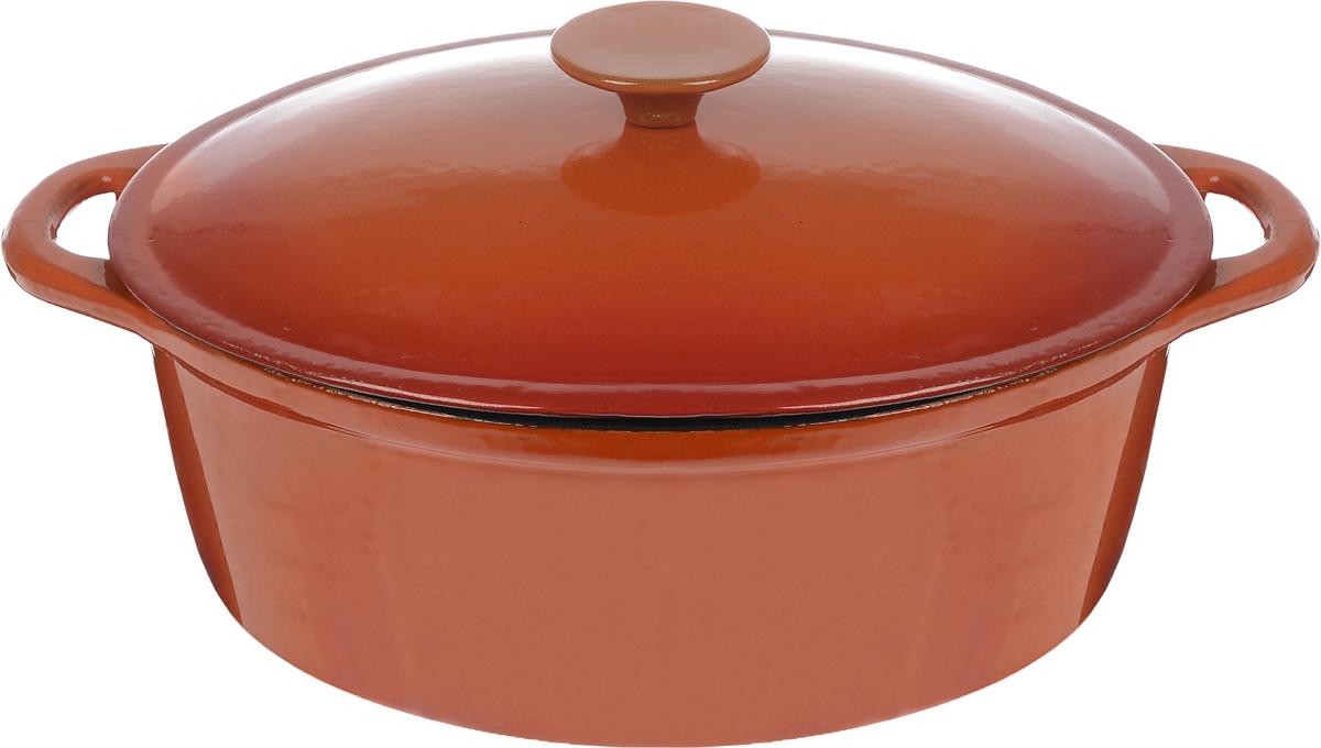 Жаровня чугунная Vitesse Amari с прихватками, 4 л115510Жаровня с крышкой Vitesse Amari, изготовленная из чугуна с антикоррозионным покрытием, станет незаменимым помощником на вашей кухне. Высокая теплоемкость чугуна позволяет ему сильно нагреваться и медленно остывать, а это в свою очередь обеспечивает равномерное приготовление продуктов. Пища, приготовленная в чугунной посуде, сохраняет свои вкусовые качества, и благодаря экологической чистоте материала, не может нанести вред здоровью человека. Также чугунная жаровня обладает высокой прочностью и износоустойчивостью. Жаровня имеет эмалированное внутреннее покрытие белого цвета. Она оснащена двумя короткими удобными ручками и чугунной крышкой. В комплект также входят две прихватки-рукавицы. Жаровня подходит для использования на всех видах кухонных плит. Изделие можно мыть в посудомоечной машине. Характеристики: Материал: чугун, текстиль. Размер (без учета ручек):28 см х 10 см х 21 см. Размер (с учетом ручек):34 см х 10 см х 21 см. Объем:4 л. Размер прихватки:24 см х 16 см. Размер дна:25 см х 19,5 см. Размер упаковки:28 см х 26,5 см х 12 см.Изготовитель:Китай. Артикул:VS-1584.