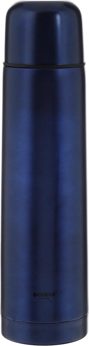 Термос Bekker, цвет: синий, 750 млVT-1520(SR)Термос Bekker предназначен для сохранения температуры горячих и холодных напитков. Термос выполнен из высококачественной нержавеющей стали 18/8 с матовой внешней поверхностью. Вакуумная система и двойные стенки термоса обеспечивают длительное сохранение температуры содержимого. Термос поддерживает температуру: 6 часов - 75°С, 12 часов - 66°С, 24 часа - 48°С. Винтовая пластиковая пробка с кнопкой не позволит жидкости разлиться. Крышка-чашка удобно и быстро завинчивается. В комплект входит стильный кожаный чехол на молнии с ремнем для переноски. Диаметр основания термоса: 7,5 см. Высота: 29 см. Диаметр горлышка: 4,5 см.