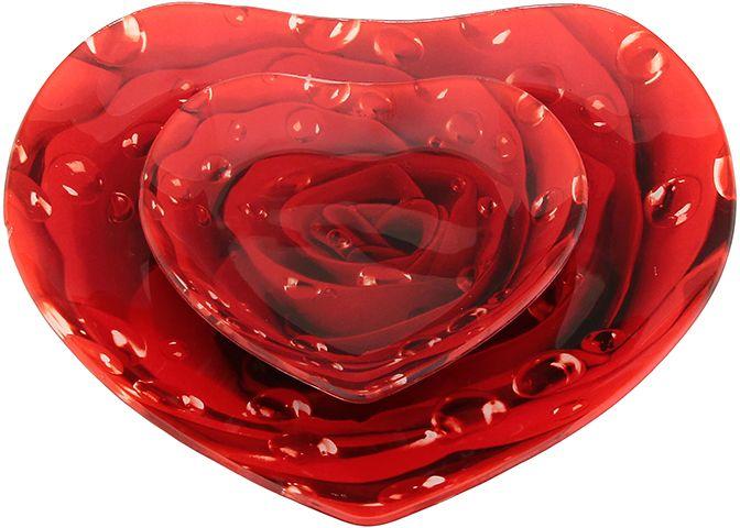 Набор блюд Elan Gallery Сердце. Роза, 2 предметаVT-1520(SR)Набор Elan Gallery Сердце. Роза состоит из двух блюд, выполненных из прочного стекла. Изделия сочетают в себе изысканный дизайн с максимальной функциональностью. Они придутся по вкусу и ценителям классики, и тем, кто предпочитает утонченность и изящность. Набор блюд Elan Gallery Сердце. Роза украсит сервировку вашего стола и подчеркнет прекрасный вкус хозяина, а также станет отличным подарком.Не рекомендуется применять абразивные моющие средства.Размер блюда: 15 х 14,5 х 2 см.Размер блюда: 24,5 х 24 х 2,5 см.