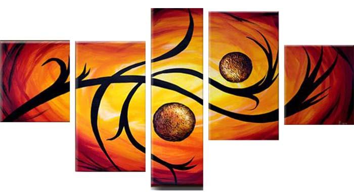 Картина Арт78 Твой дом, модульная, 140 х 80 см. арт780072-244443Ничто так не облагораживает интерьер, как хорошая картина. Особенную атмосферу создаст крупное художественное полотно, размеры которого более метра. Подобные произведения искусства, выполненные в традиционной технике (холст, масляные краски), чрезвычайно капризны: требуют сложного ухода, регулярной реставрации, особого микроклимата – поэтому они просто не могут существовать в условиях обычной городской квартиры или загородного коттеджа, и требуют больших затрат. Данное полотно идеально приспособлено для создания изысканной обстановки именно у Вас. Это полотно создано с использованием как традиционных натуральных материалов (холст, подрамник - сосна), так и материалов нового поколения – краски, фактурный гель (придающий картине внешний вид масляной живописи, и защищающий ее от внешнего воздействия). Благодаря такой композиции, картина выглядит абсолютно естественно, и отличить ее от традиционной техники может только специалист. Но при этом изображение отлично смотрится с любого расстояния, под любым углом и при любом освещении. Картина не выцветает, хорошо переносит даже повышенный уровень влажности. При необходимости ее можно протереть сухой салфеткой из мягкой ткани.