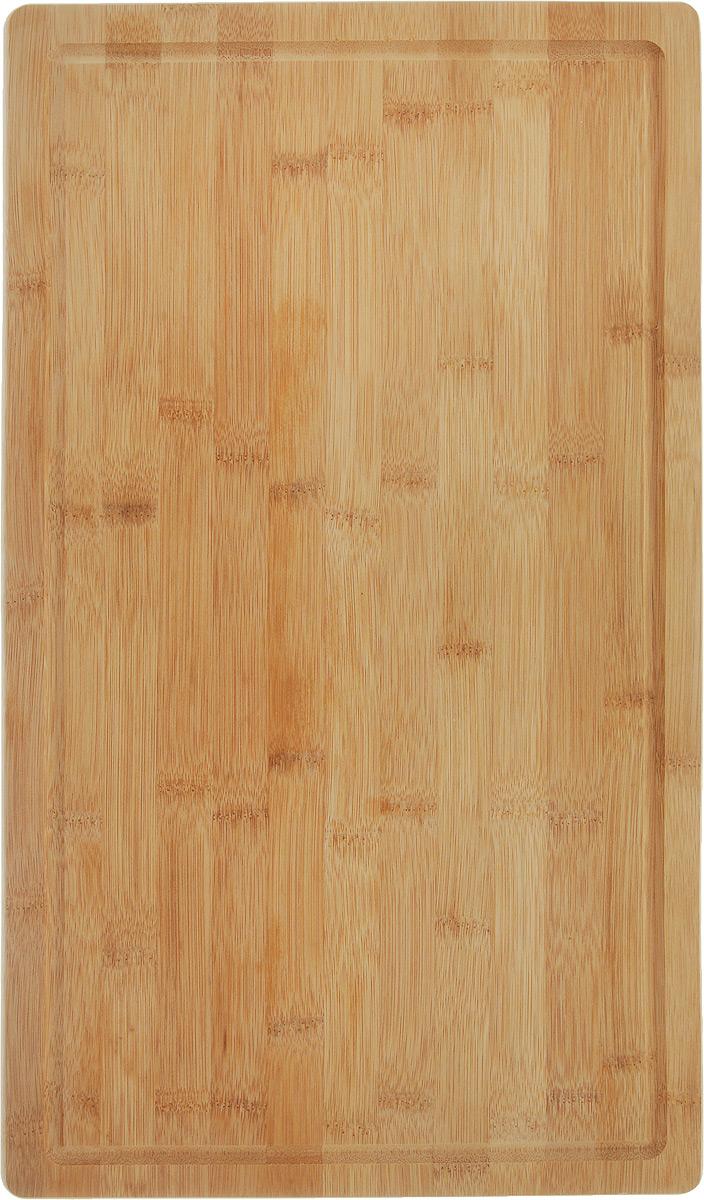 Доска разделочная Kesper, на ножках, 50 х 28 х 4 см54 009312Разделочная доска Kesper изготовлена из бамбука и оснащена пластиковыми ножками. Наличие канавки по краю изделия поможет предотвратить вытекание сока от продуктов за пределы доски. Функциональные и простые в использовании, разделочные доски Kesper прекрасно впишутся в интерьер любой кухни и прослужат вам долгие годы.Размер: 50 х 28 х 4 см.