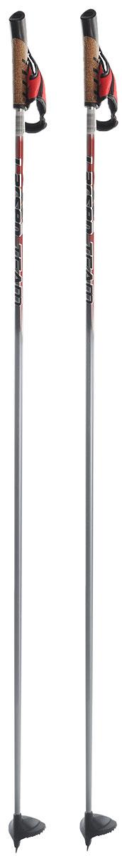 Палки лыжные Larsen Team, алюминиевые, длина 145 см221852-145Спортивные палки Larsen Team - это превосходный выбор для любителей активного катания на лыжах. Модель выполнена из легкого алюминия. Рукоятка выполнена из синтетической пробки и полипропилена, она имеет удобный хват, рука не мерзнет и не скользит по ручке. Гоночный темляк с конструкцией капкан удобно надевается и надежно поддерживает кисть. Облегченная лапка с твердосплавным наконечником не проваливается в снег.Спортивные палки подойдут как начинающим лыжникам, так и опытным спортсменам.Длина палок: 145 см.