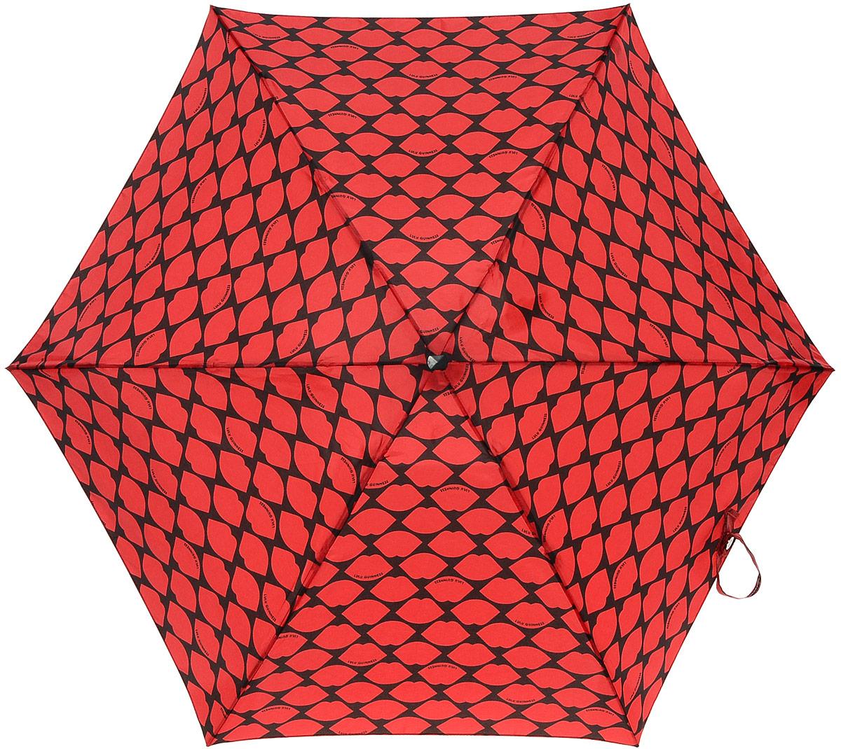 Зонт женский Lulu Guinness Tiny, механический, 5 сложений, цвет: черный, темно-красный. L717-2681REM12-CAM-GREENBLACKСтильный механический зонт Lulu Guinness Tiny в 5 сложений даже в ненастную погоду позволит вам оставаться элегантной. Облегченный каркас зонта выполнен из 6 спиц из фибергласса и алюминия, стержень также изготовлен из алюминия, удобная рукоятка - из пластика. Купол зонта выполнен из прочного полиэстера. В закрытом виде застегивается хлястиком на липучке. Яркий оригинальный принт в виде изображения губ поднимет настроение в дождливый день.Зонт механического сложения: купол открывается и закрывается вручную до характерного щелчка.На рукоятке для удобства есть небольшой шнурок, позволяющий надеть зонт на руку тогда, когда это будет необходимо. К зонту прилагается чехол с небольшой нашивкой с названием бренда. Такой зонт компактно располагается в кармане, сумочке, дверке автомобиля.