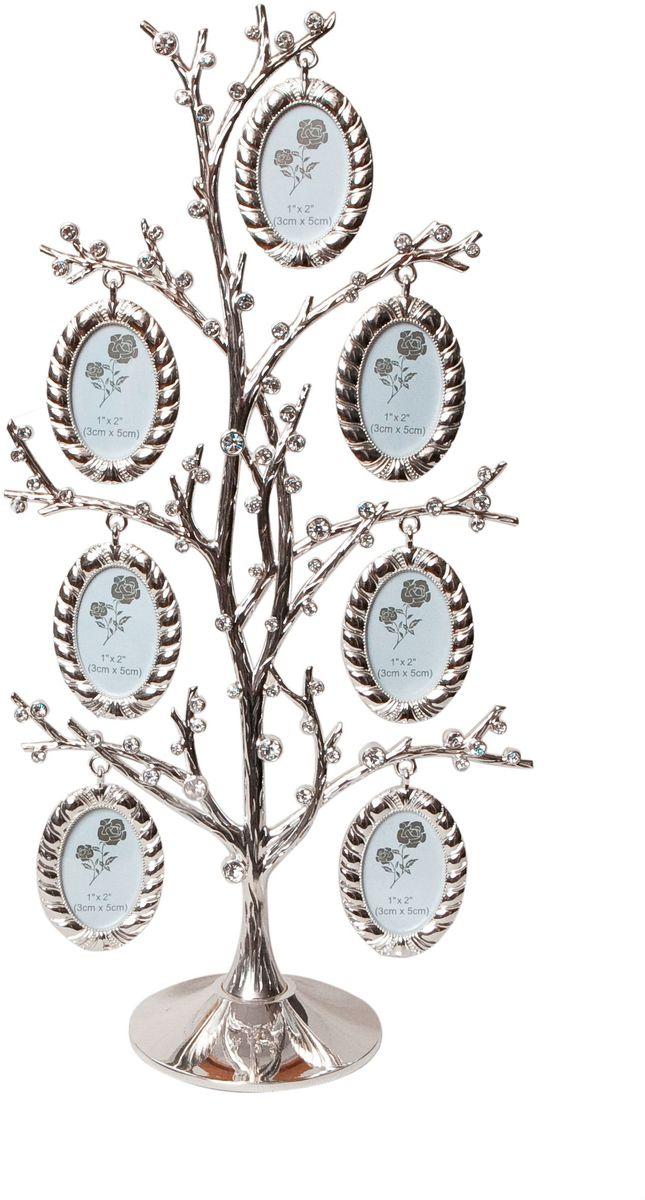 Фоторамка Platinum Дерево, цвет: светло-серый, на 7 фото, 3 x 5 см. PF103042 фоторамки на дереве PF10019AДекоративная фоторамка Platinum Дерево выполнена из металла. На подставку в виде деревца подвешиваются семь овальных фоторамок. Фоторамка украшена стазами. Изысканная и эффектная, эта потрясающая рамочка покорит своей красотой и изумительным качеством исполнения. Фоторамка Platinum Дерево не только украсит интерьер помещения, но и поможет разместить фото всей вашей семьи. Высота фоторамки: 31 см. Фоторамка подходит для фотографий 3 x 5 см.Общий размер фоторамки: 16 х 5 х 31 см.