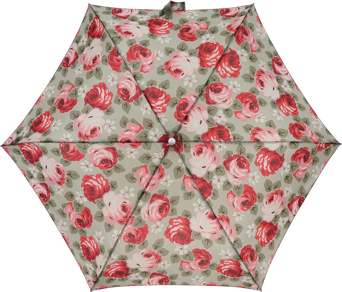 Зонт женский Cath Kidston Minilite, механический, 3 сложения, цвет: бежевый, мультиколор. L768-27438B035000M/18075/3900NСтильный механический зонт Cath Kidston Minilite в 3 сложения даже в ненастную погоду позволит вам оставаться элегантной. Облегченный каркас зонта выполнен из 8 спиц из фибергласса и алюминия, стержень также изготовлен из алюминия, удобная рукоятка - из пластика. Купол зонта выполнен из прочного полиэстера. В закрытом виде застегивается хлястиком на липучке. Яркий оригинальный цветочный принт поднимет настроение в дождливый день.Зонт механического сложения: купол открывается и закрывается вручную до характерного щелчка.На рукоятке для удобства есть небольшой шнурок, позволяющий надеть зонт на руку тогда, когда это будет необходимо. К зонту прилагается чехол с небольшой нашивкой с названием бренда. Такой зонт компактно располагается в кармане, сумочке, дверке автомобиля.