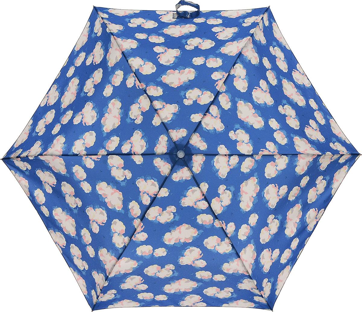 Зонт женский Cath Kidston Minilite, механический, 3 сложения, цвет: синий, мультиколор. L768-2949Колье (короткие одноярусные бусы)Стильный механический зонт Cath Kidston Minilite в 3 сложения даже в ненастную погоду позволит вам оставаться элегантной. Каркас зонта выполнен из 8 спиц из фибергласса и алюминия, стержень также изготовлен из алюминия, удобная рукоятка - из пластика. Купол зонта выполнен из прочного полиэстера. В закрытом виде застегивается хлястиком на липучке. Яркий оригинальный рисунок в виде облаков поднимет настроение в дождливый день.Зонт механического сложения: купол открывается и закрывается вручную до характерного щелчка.На рукоятке для удобства есть небольшой шнурок, позволяющий надеть зонт на руку тогда, когда это будет необходимо. К зонту прилагается чехол, который оформлен нашивкой с названием бренда. Такой зонт компактно располагается в кармане, сумочке, дверке автомобиля.